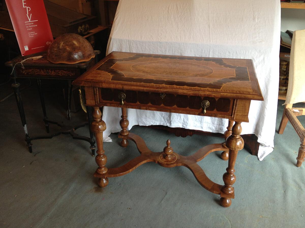 table-Louis-XIII-après-restauration