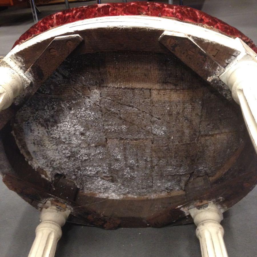 chaise-Louis-XVI-avant-restauration-Cathédrale-de-Cambrai-4 Chaise Louis XVI