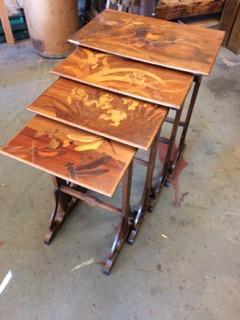 tables gigogne Art Nouveau Signé GALLÉ restaurées par atelier patrice Bricout