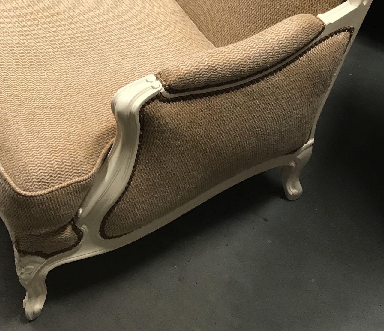 Paire de bergères de style Louis XV en hêtre dite confortable avec coussin 5Atelier Patrice Bricout EPV Marcq en Baroeul | Atelier Patrice Bricout