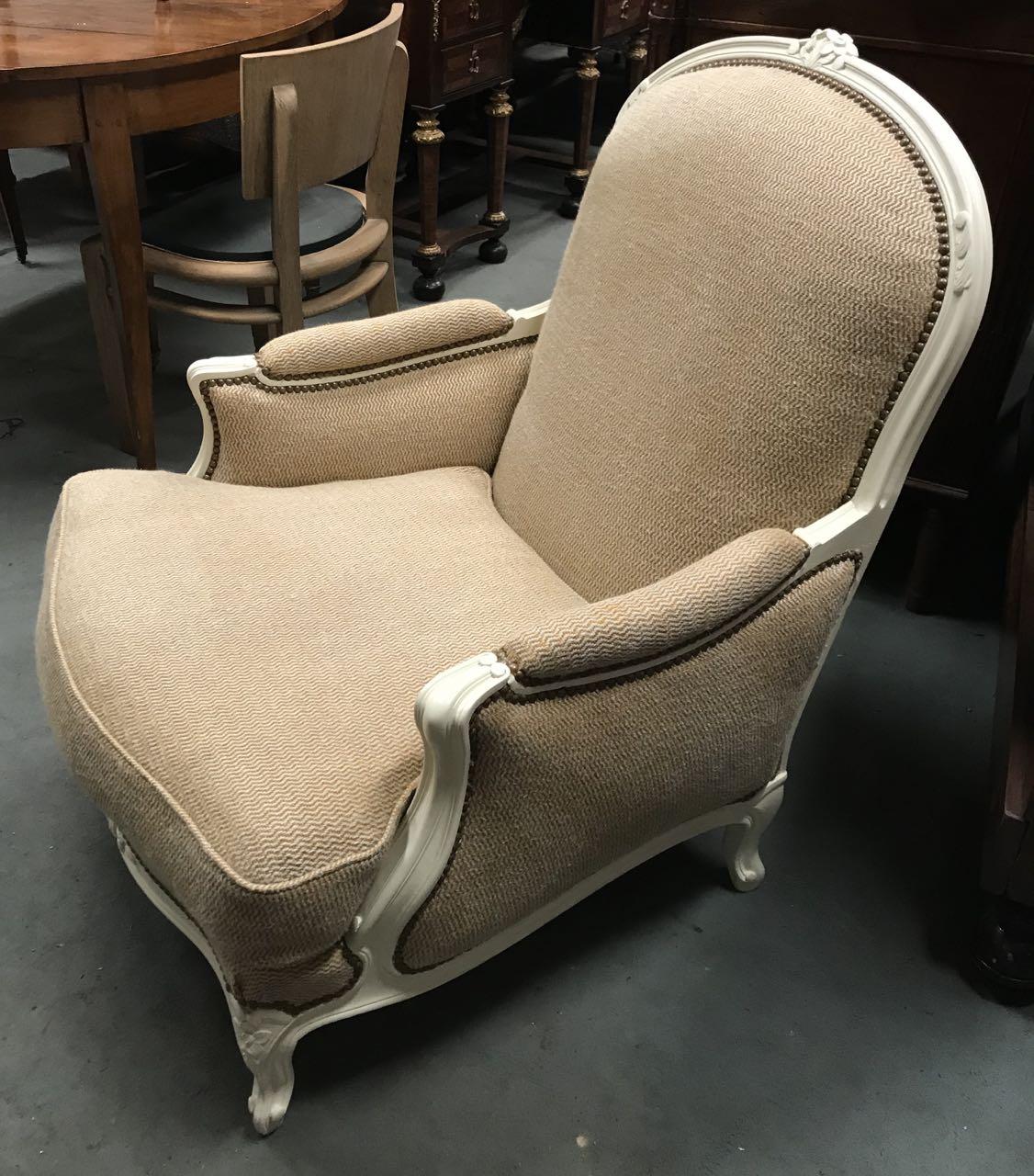 Paire de bergères de style Louis XV en hêtre dite confortable avec coussinAtelier Patrice Bricout EPV Marcq en Baroeul | Atelier Patrice Bricout