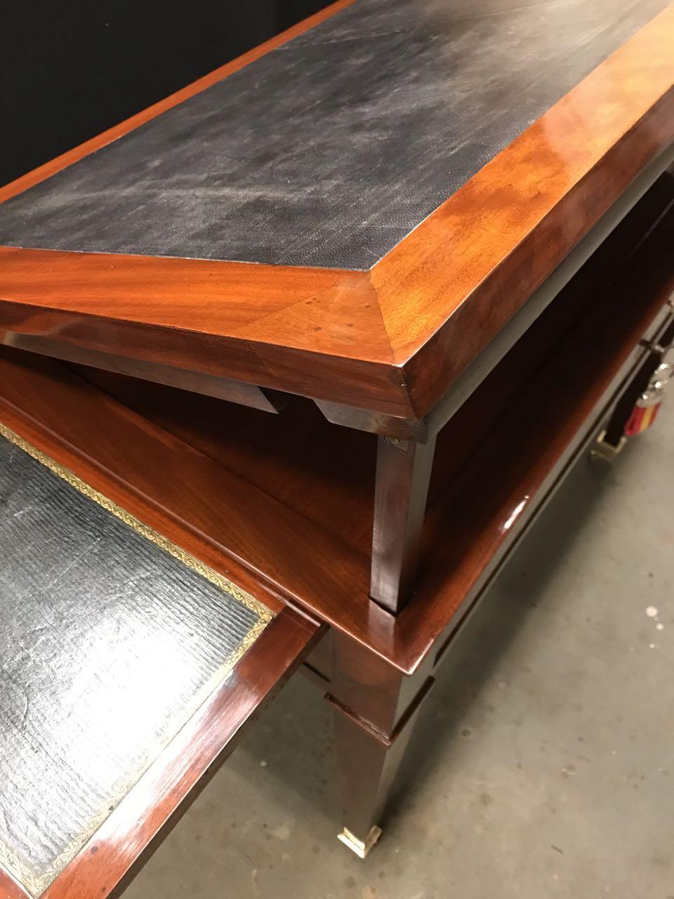 table dArchitecte dite à la Tronchin Epoque Louis XVI de forme rectangulaire en acajou et placage dacajou 9Atelier Patrice Bricout Marcq en Baroeul | Atelier Patrice Bricout