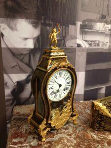 Cartel Louis XV en marqueterie Boulle restauration atelier Patrice Bricout Label EPV