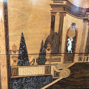 Commode Transition Louis XV Louis XVI Rare copie de l'ébéniste Jean Georges SCHLICHTIG En marqueterie d'ivoire, sycomore, buis, ébène, nacre, amarante, palissandre, bois de rose. Avant restauration atelier Patrice Bricout label EPV Marcq en Baroeul