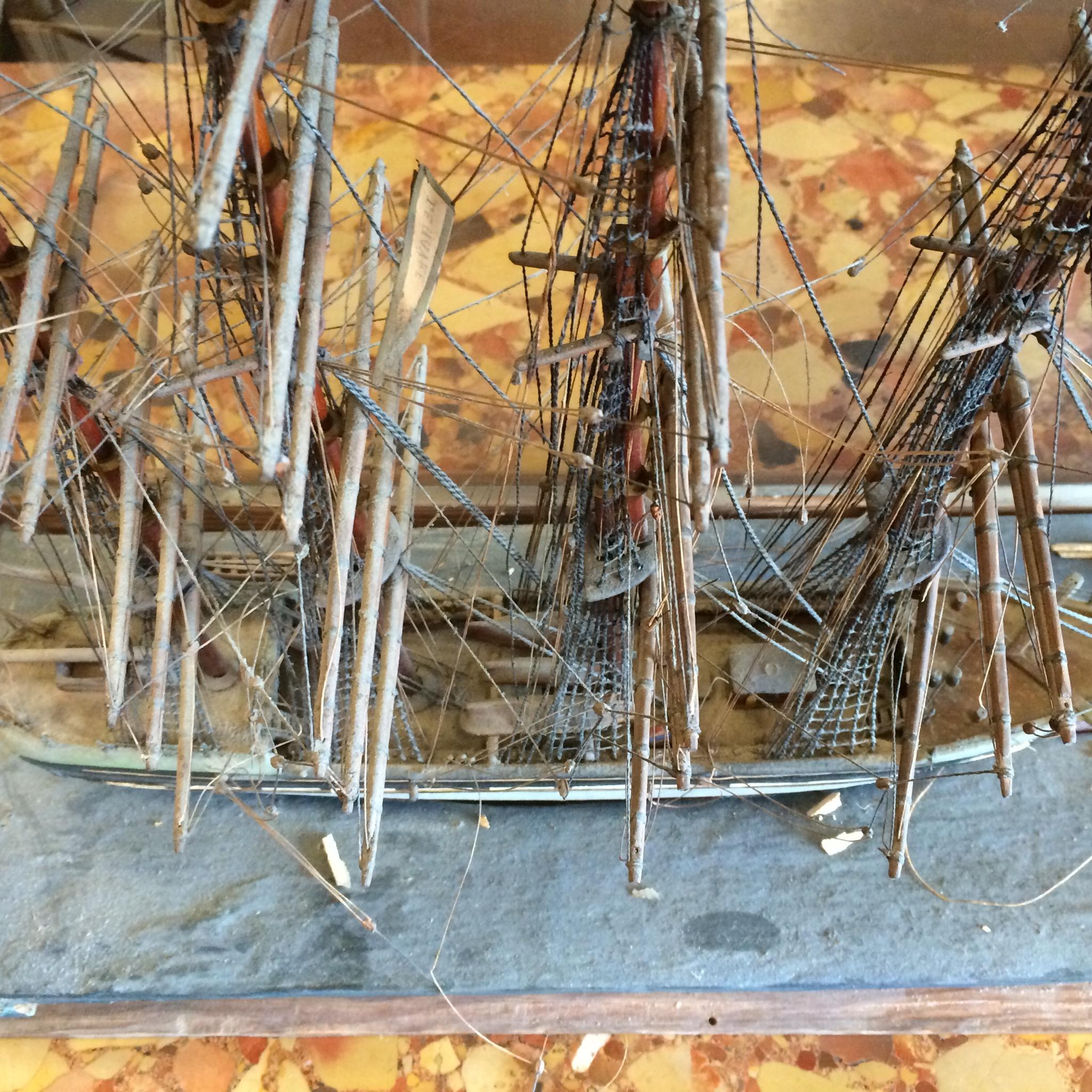 Maquette d'un 4 mâts, banque du Havre 19ème siècle restauration Atelier Patrice Bricout Label EPV 1.jpg