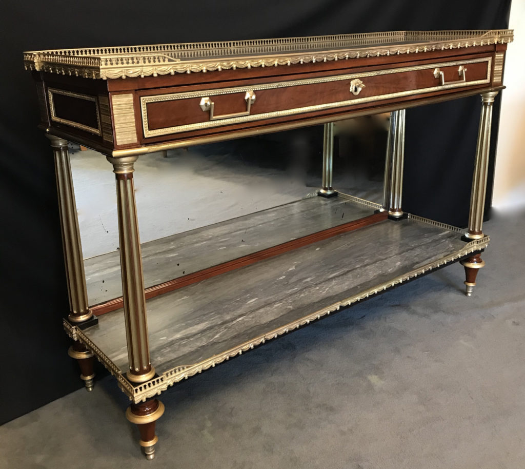 Console desserte Louis XVI en acajou et placage d'acajou estampillée RICHTER Charles Erdmann 3 | Atelier Patrice Bricout