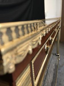 Console desserte Louis XVI en acajou et placage d'acajou estampillée RICHTER Charles Erdmann 4 | Atelier Patrice Bricout
