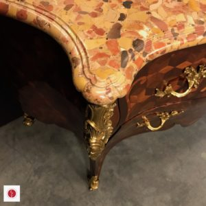 Commode Sauteuse Louis XV atelier Patrice Bricout8 | Atelier Patrice Bricout