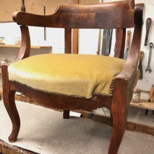fauteuil de bureau Napoléon III restauré par l'atelier Patrice Bricout label EPV Marcq en Baroeul